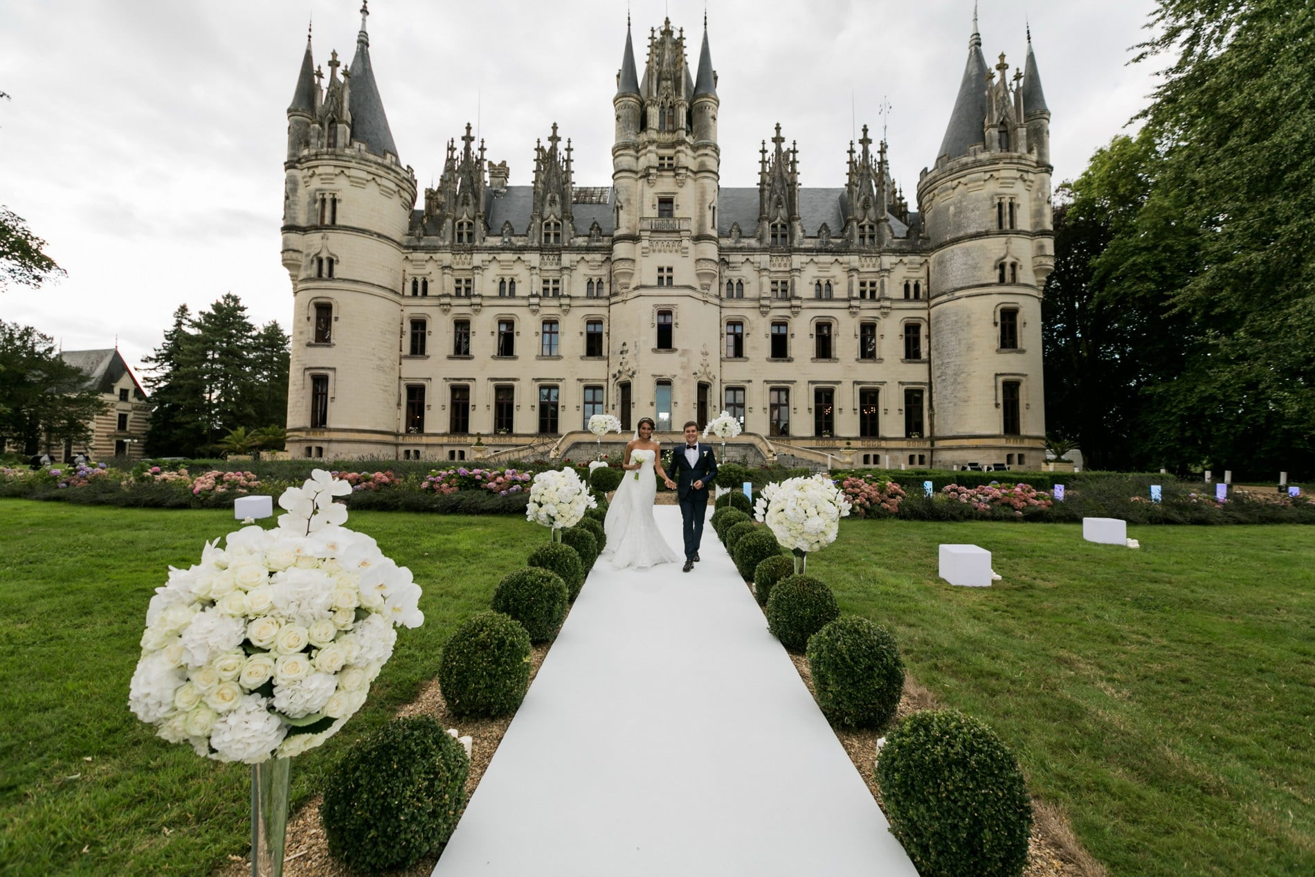 e60495d90c63 Chateau wedding in France  chateau wedding venue