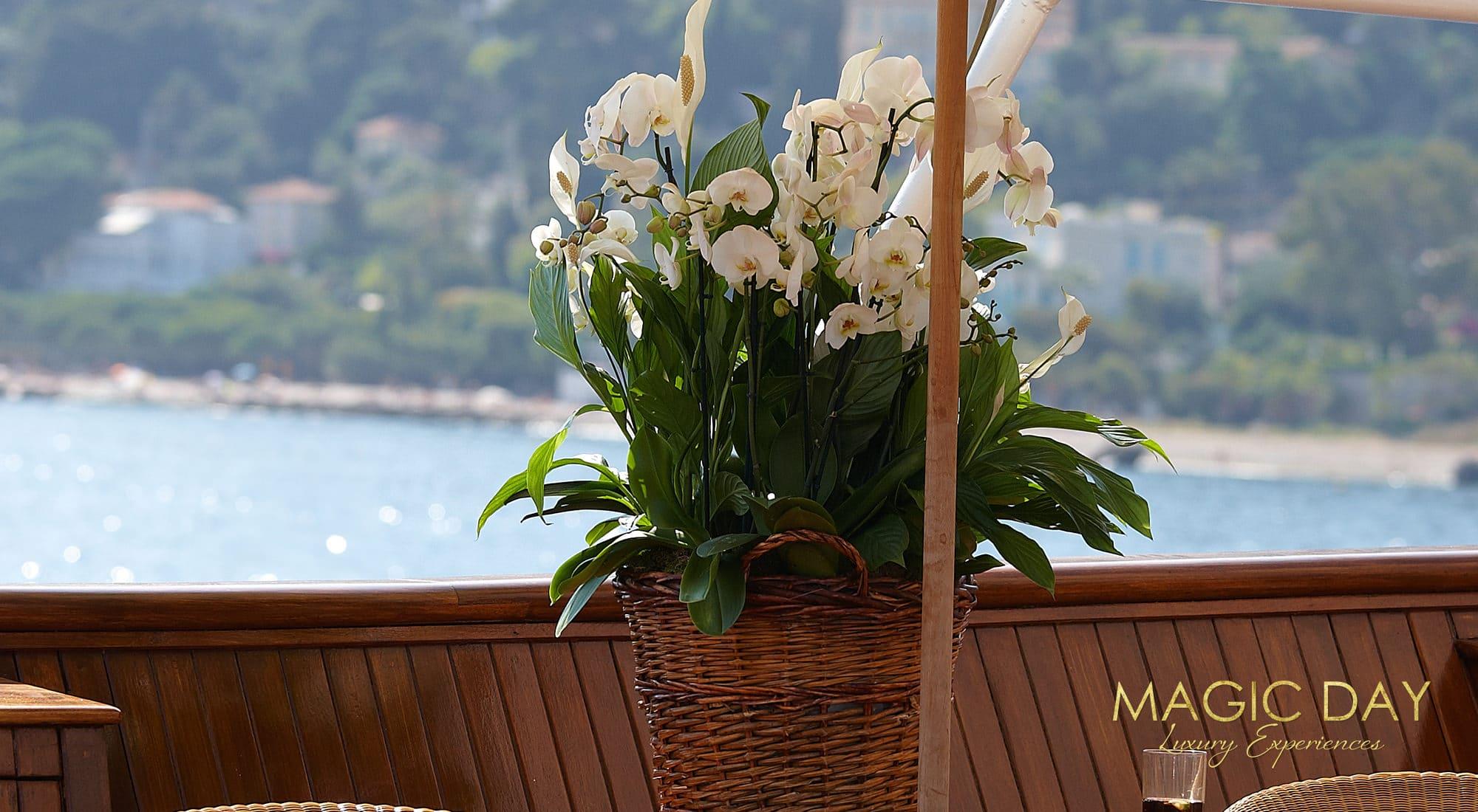 Yacht wedding in France